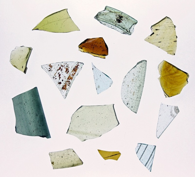 Saxon glass vessel fragments from Lyminge