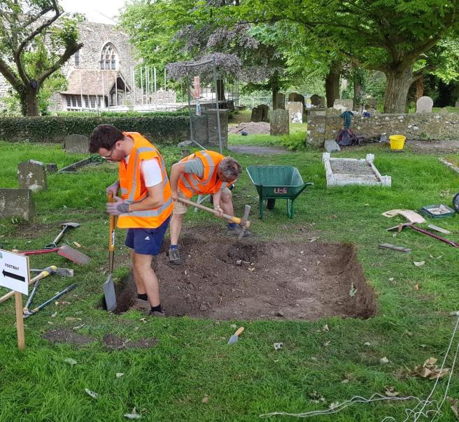 09 Jul 2m trial trench in new churchyard