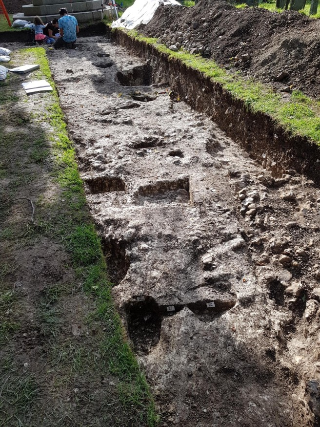 19 Aug pits in War Memorial trench